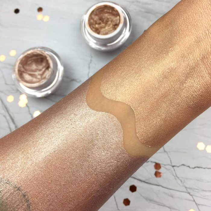 Jelly Highlighter - Contour Cosmetics - förðunarvörur